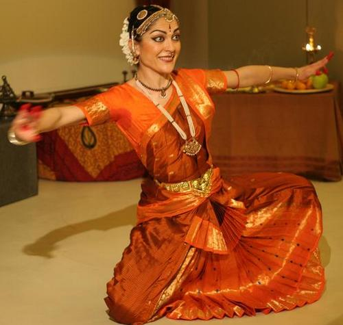 danza bharatanatyam alessandra pizza